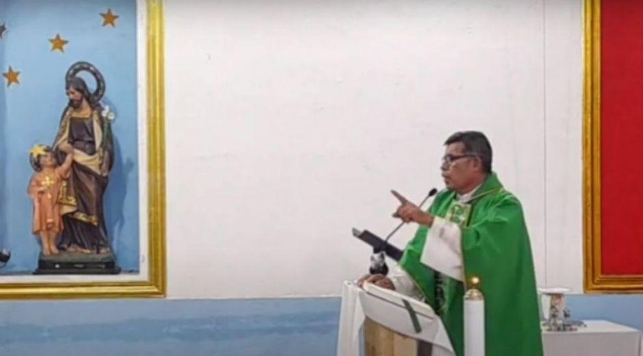 Sacerdote del municipio de Natagaima, Ricardo Zabala.