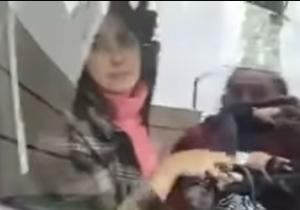 La mujer fue interceptada y grabada mientras salía del motel Tantra.