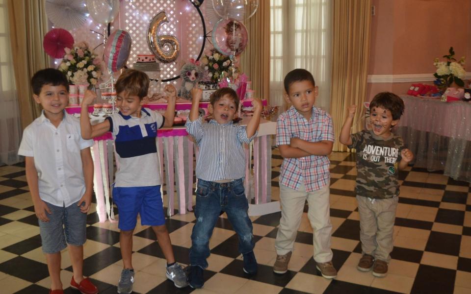 Nicolás Noguera, Federico Díazgranados, Federico Gutiérrez, entre otros niños.