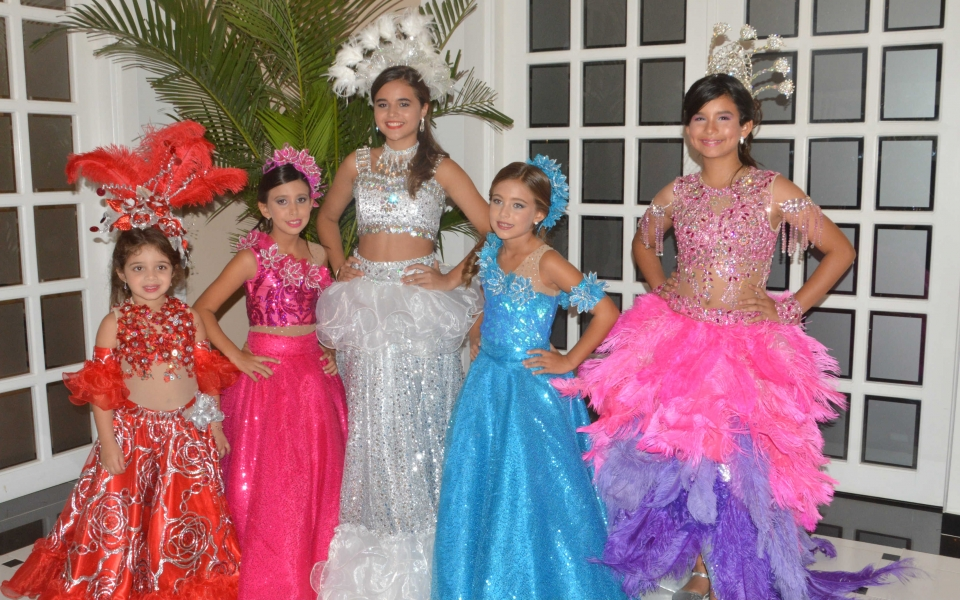 Tatiana Saghair, Capitana Pre-Infantil; Isabela María Lacouture, Capitana Infantil; Mariana Pupo Espinosa, Capitana Pre-Juvenil y Manuela Pérez, Capitana Teenager