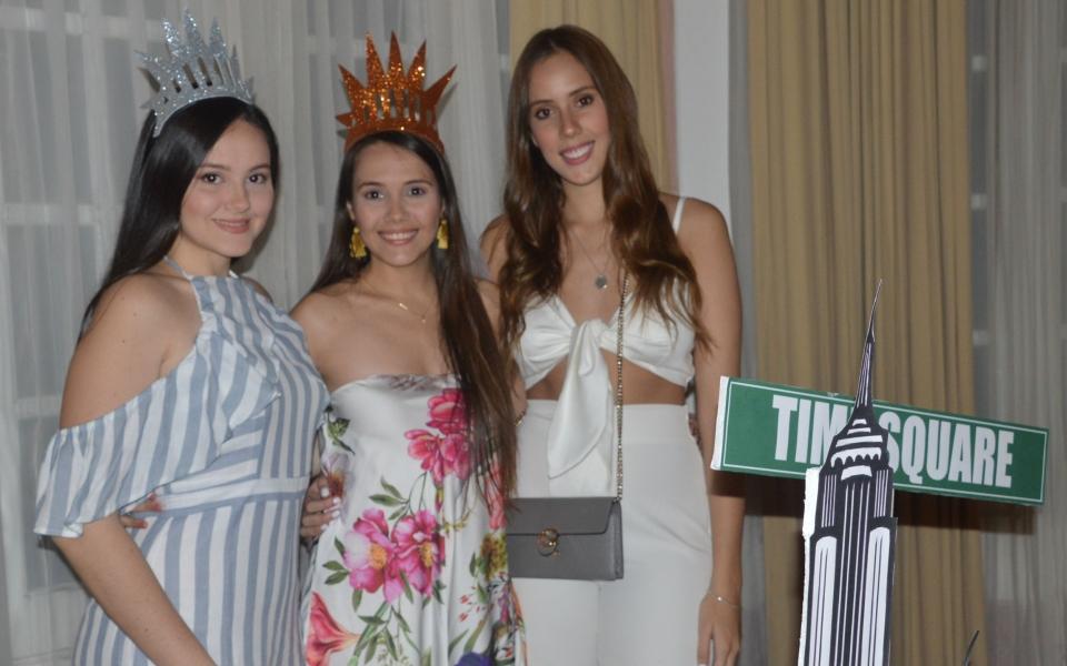 Mariana Campo, Ana Karina Campo y Daniela González