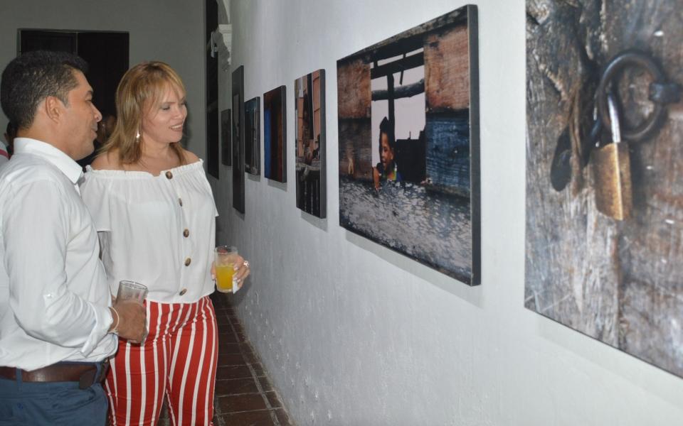 Asistentes a la exposición que se realizó en el Museo de Arte del San Juan Nepomuceno