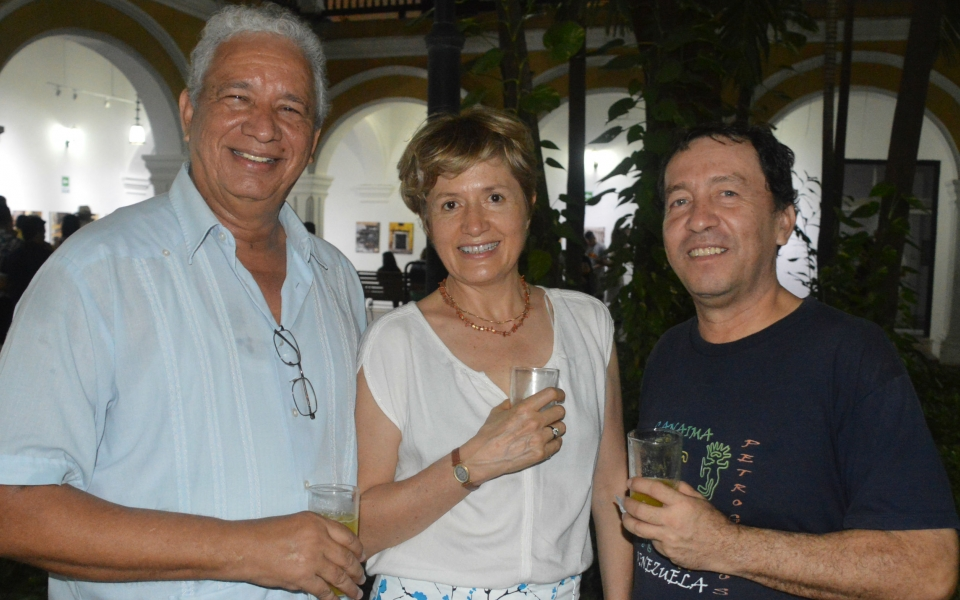 Ángel Almendrales, Emilia Cabane, Carlos Varón