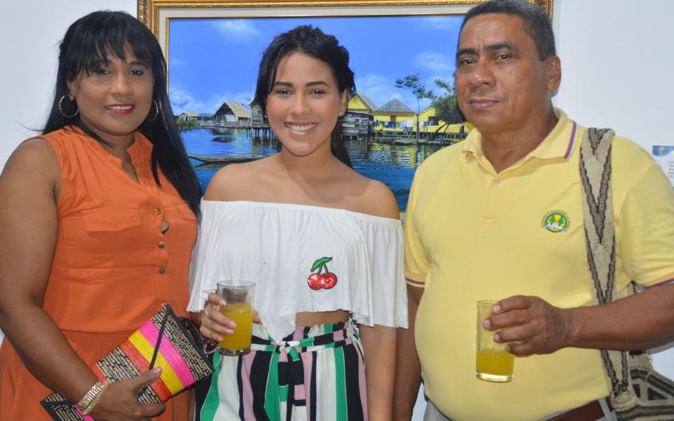 Jireth Restrepo, Denise Mengual y Manuel Niño.