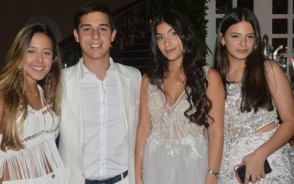 Nina Toro, Luis Miguel Daza, Marianella Hoyos y Celina Daza