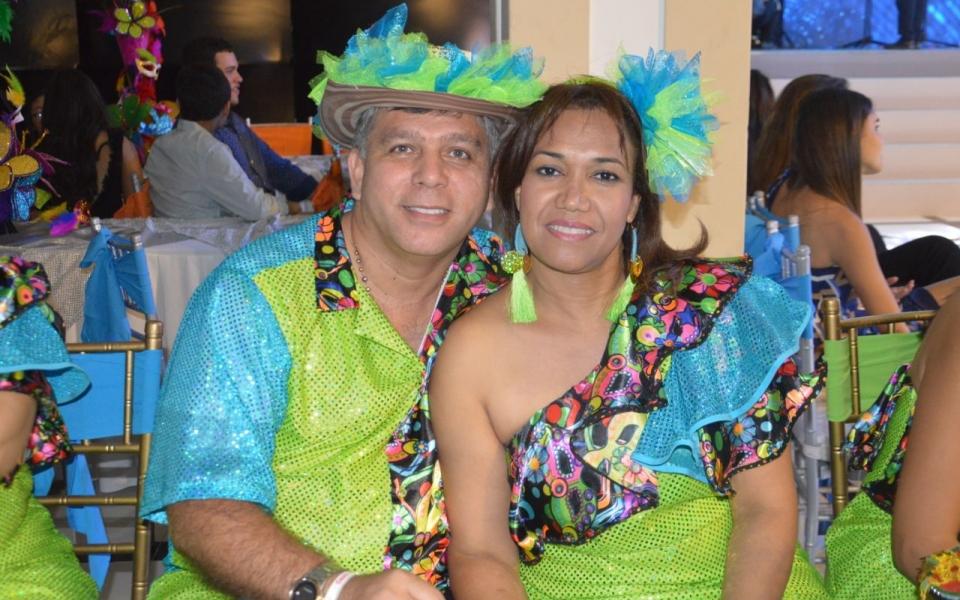 Antonio Urbina y su esposa Nayrovis Alvarado.