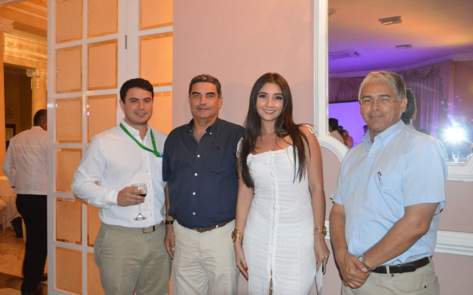 Juan Pablo Sánchez, José Gregorio Sánchez, María Fernanda Munive y Luis Germán Sánchez.