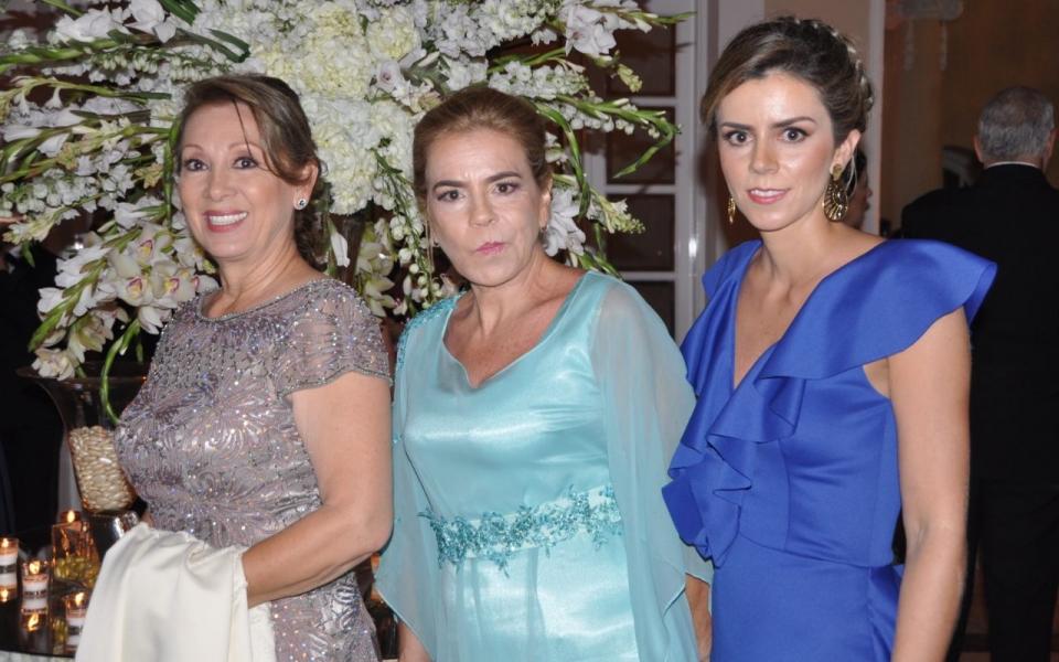 Luz Estella Baena, Clara María Gómez y Alejandra Cárdenas.