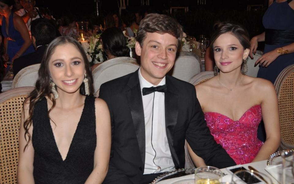 Viviana Buelvas, Ricardo Solano y Laura Rueda.