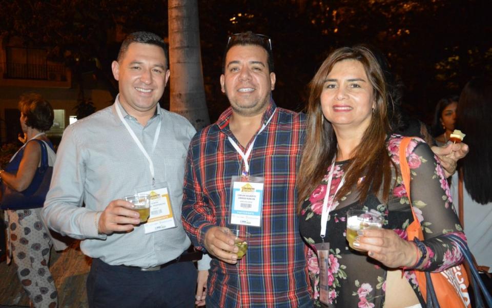 Edwin bernal, Carlos Urrego y Angélica Calderón.