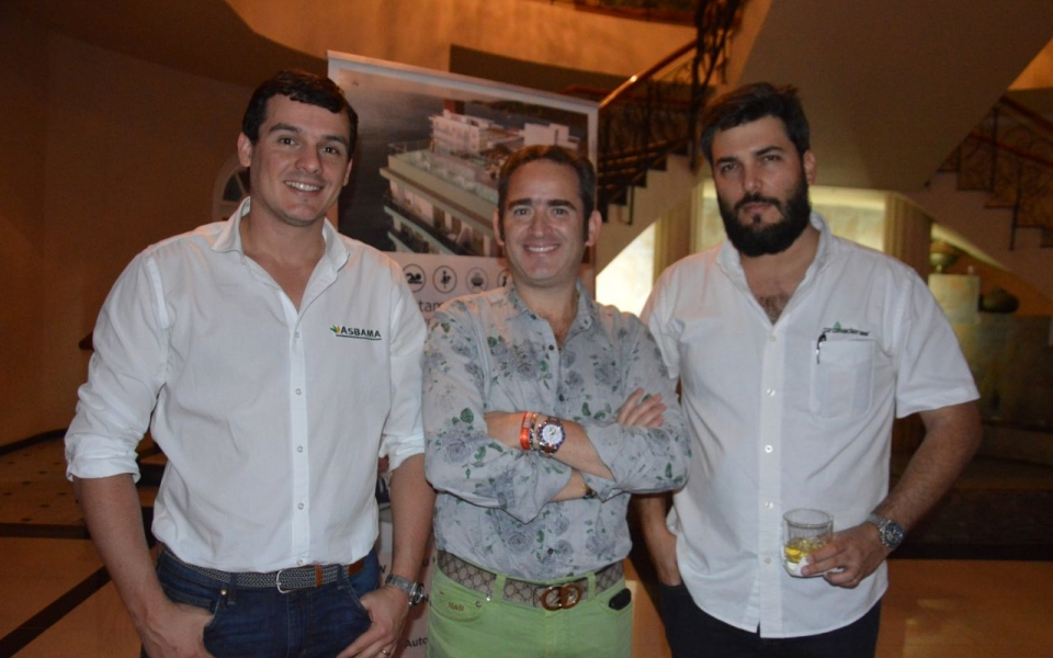 José Francisco Zúñiga, Joaquín Gutiérrez y Armando Donado.