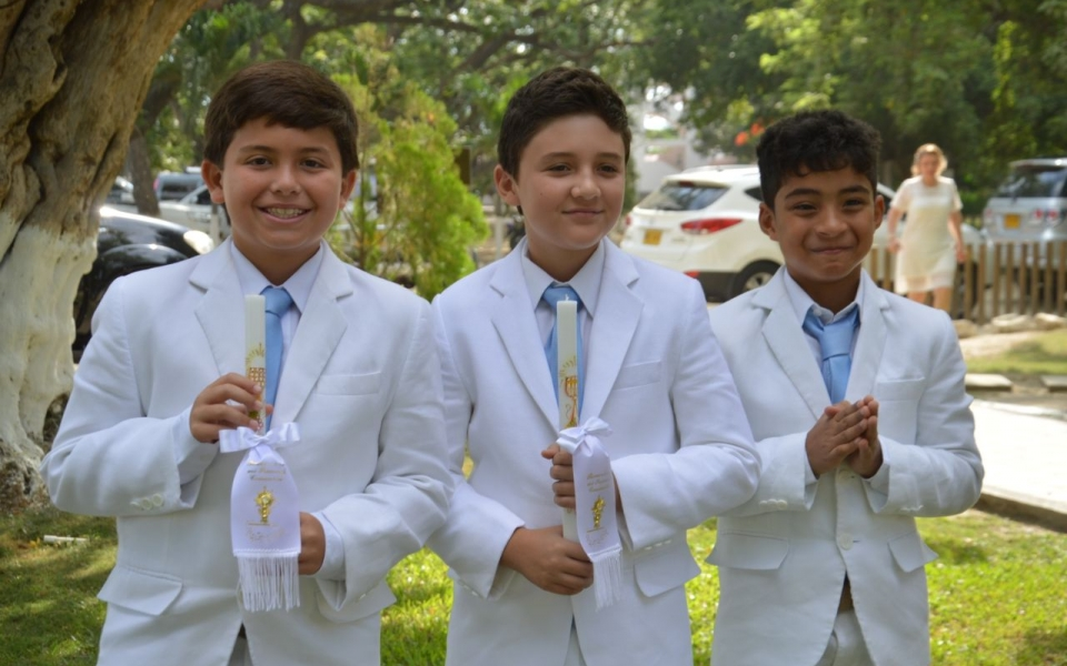 Los niños Salvatore Rossi, Jacobo Benjumea y Juan David Rivadeneira.