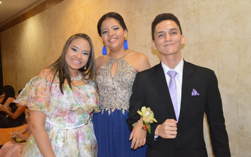 Camila Reyes, Laura Monroy y Juan Camilo Londoño.