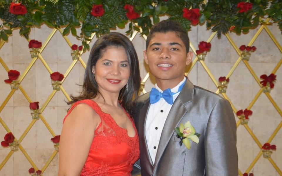 Viviana Barraza y Daniel Granados.