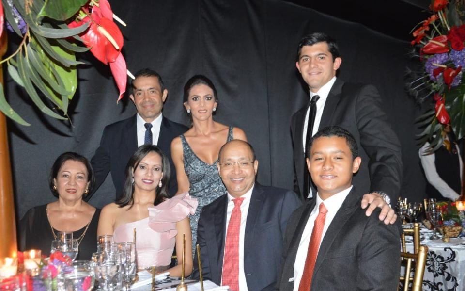 DAniela Gnecco, Jorge Luis Gnecco, Doris Varón, Juan Felipe Gnecco, entre otros.