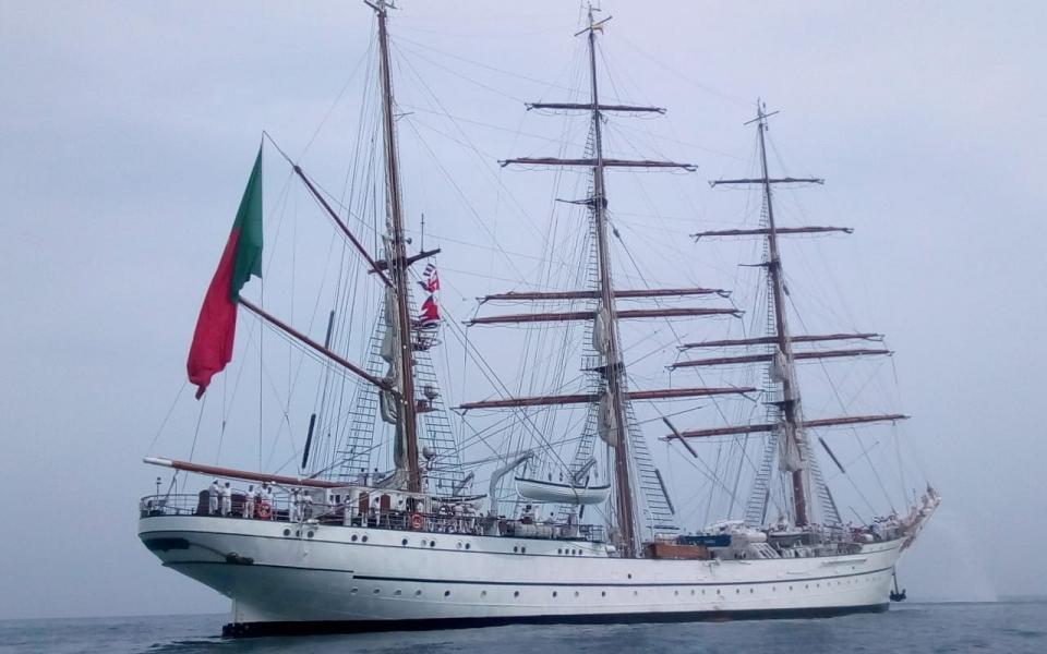 Buque escuela NRP Sagres, de la marina portuguesa.