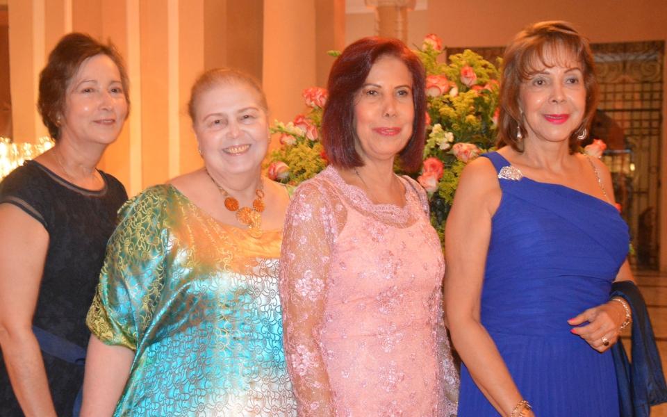 Eva Gómez , Zoyla Vives , Josefina y ,Naney Diazgranados.