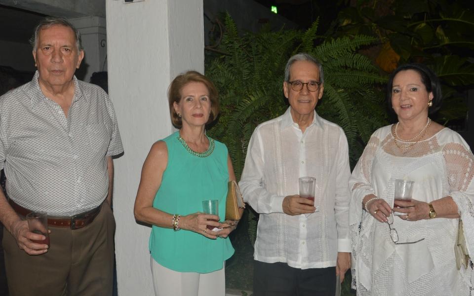 Federico Bateman, Cristina Zúñiga, Zarita Abello de Bonilla y Jesús Ferro Bayona.