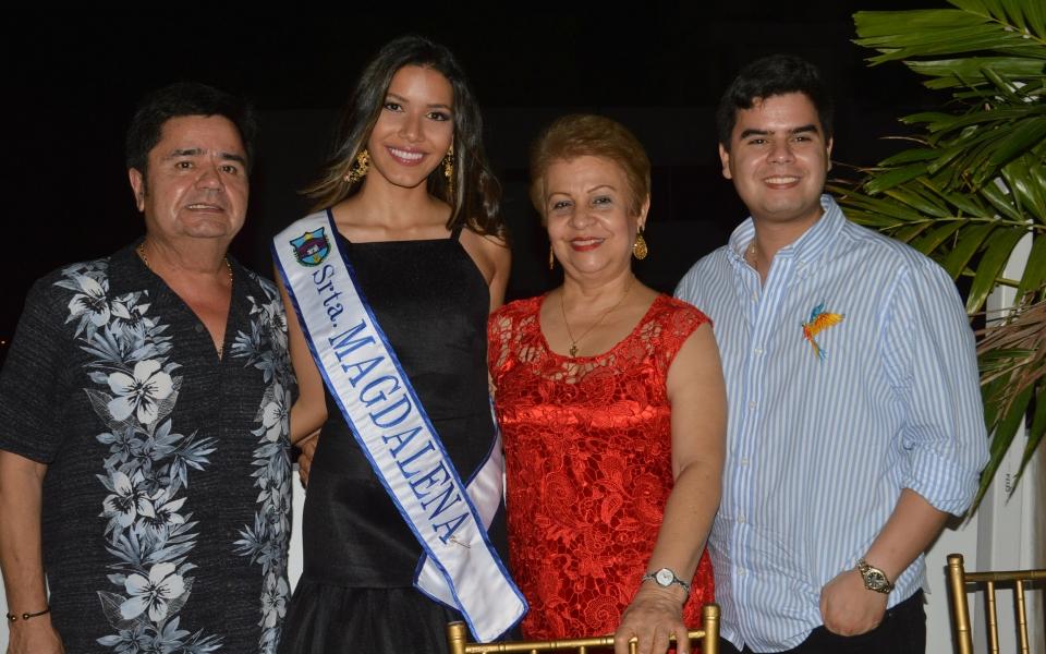 Camilo David, Margrita Yanet, Camilo Andrés David y Samara Saghair Granados.