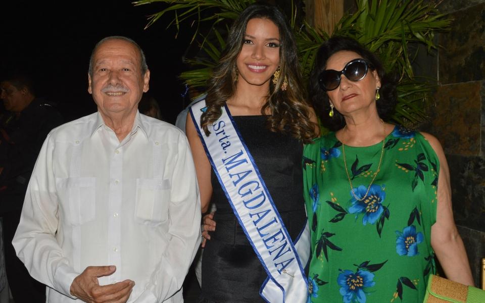 Orlando Zabaraín, Iris de Zabaraín y Samara Saghair Granados