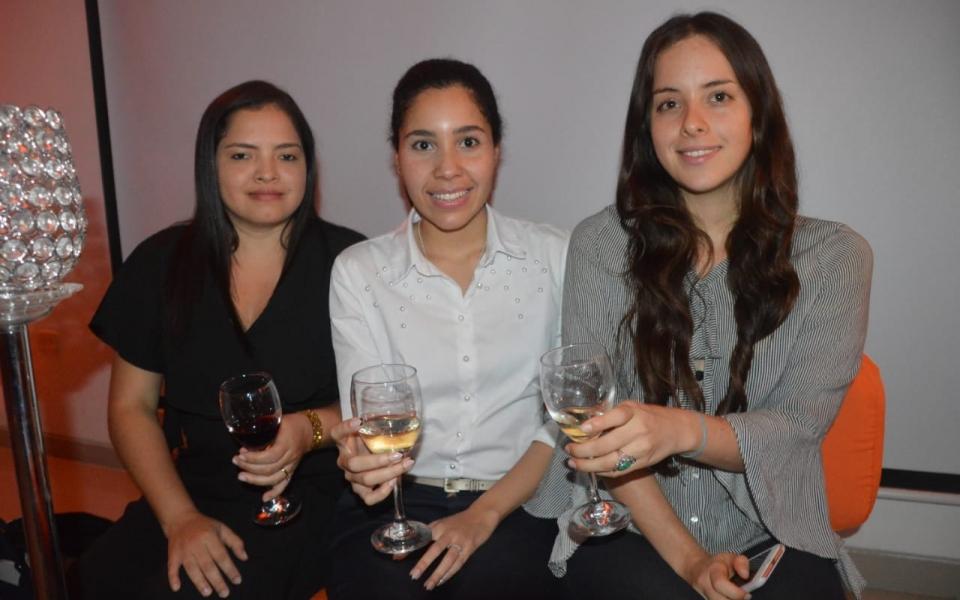 Selene Reyes Luna, Marcela Ojeda Díaz y Daniela Vásquez