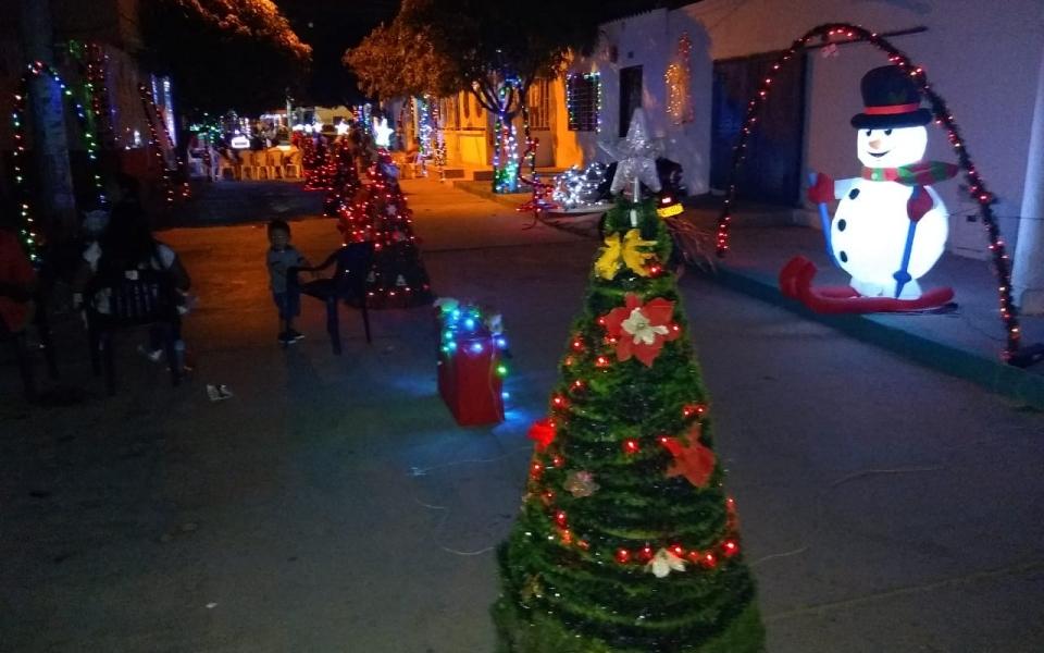 Iluminación navideña en el barrio Corea