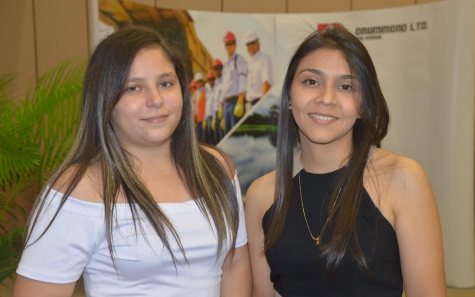 Lina McCausland y Marilem Correa.