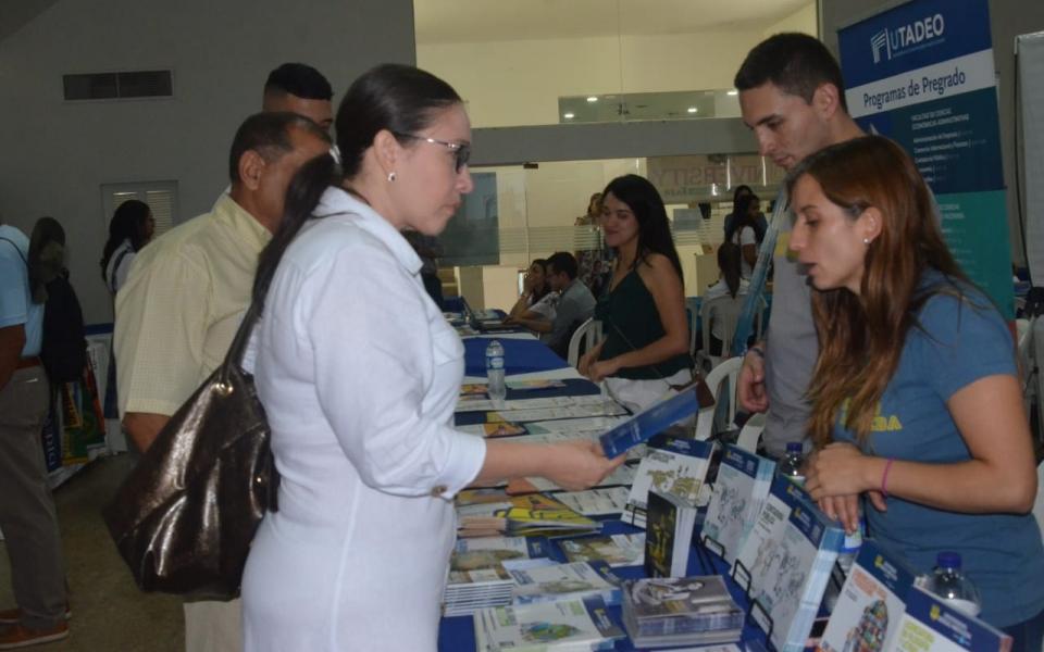 Feria de Universidades en el Colegio Bilingüe Santa Marta