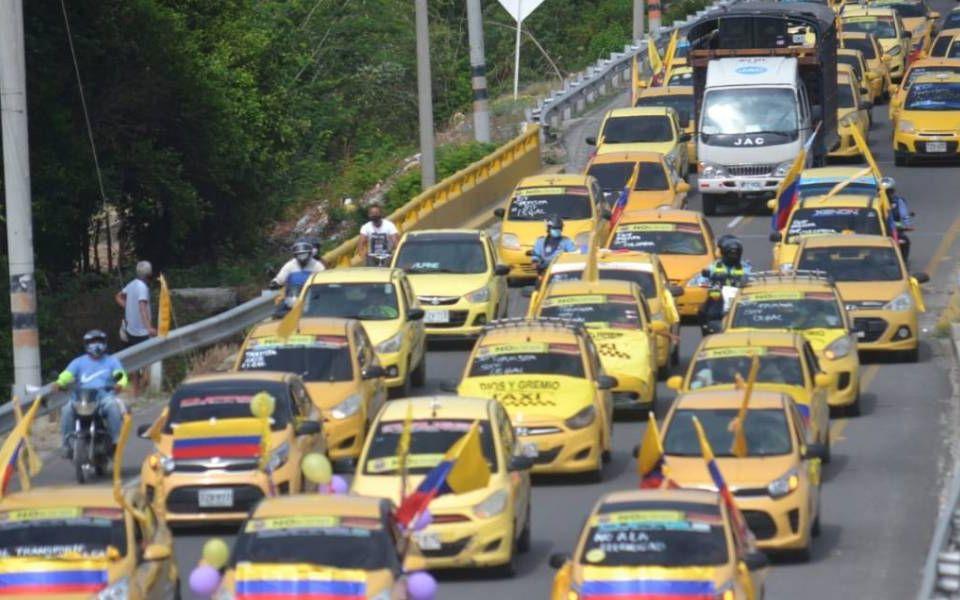Protesta pacífica del gremio de transportadores.
